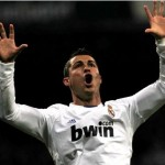 REFILE - CORRECTING THE SPELLING OF VILLARREAL Real Madrid's Cristiano Ronaldo celebrates his goal against Villarreal during their Spanish first division soccer league match at the Santiago Bernabeu stadium in Madrid January 9, 2011. REUTERS/Juan Medina (SPAIN - Tags: SPORT SOCCER)