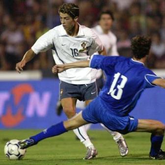 Primer debut de cristiano ronaldo en la seleccion de portugal