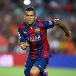 Dani Alves pide 318.000 euros a la semana para jugar en Chelsea o Manchester