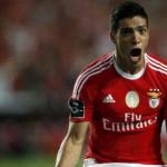 Raúl Jiménez anota su primer gol con Benfica