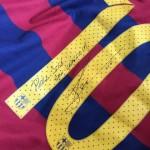 Messi le envió su camiseta firmada al hijo de Mourinho